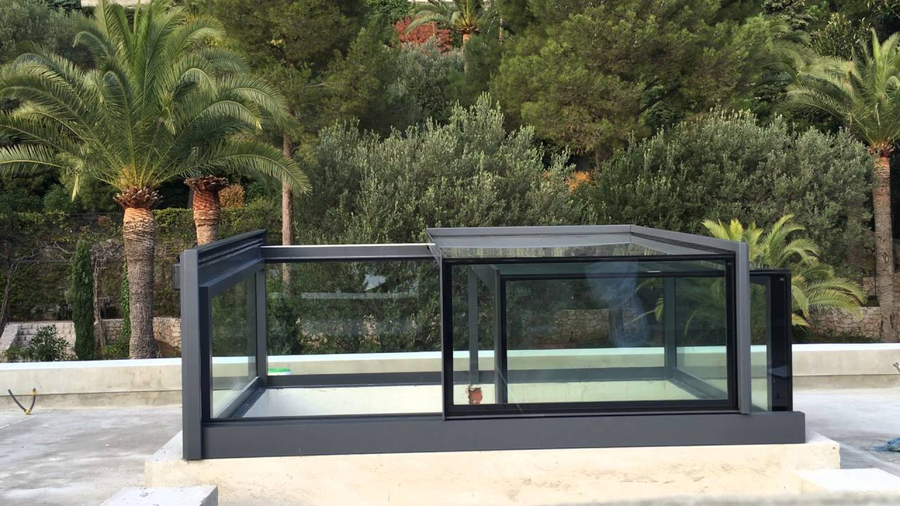 Picture of: Acces Toit Terrasse Verriere Acces Terrasse En Alu Motorise Idees Conception Jardin Idees Conception Jardin