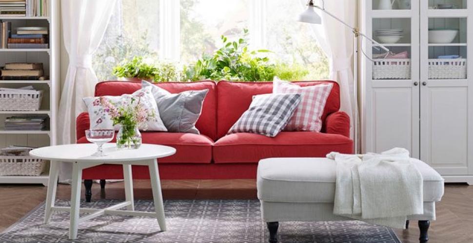 5 astuces pour changer son canapé sans en acheter un