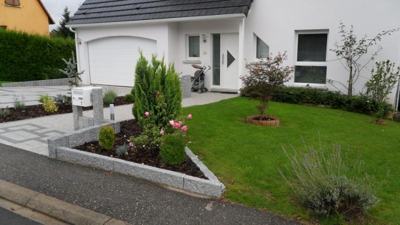 Aménagement extérieur maison espace vert en Alsace Lorraine