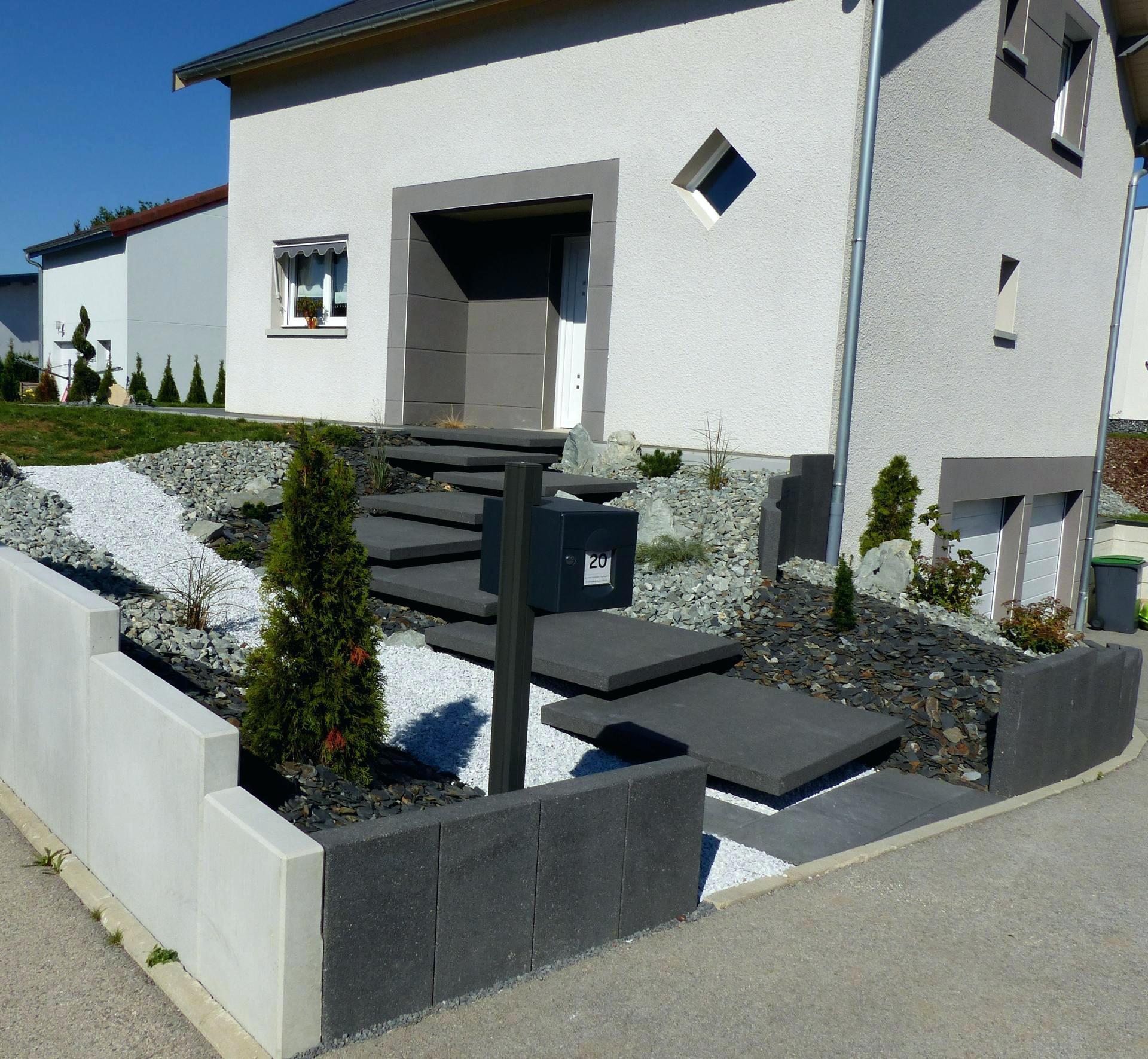 Aménagement Extérieur Maison Terrain En Pente aménagement extérieur maison neuve aménagement d un terrain