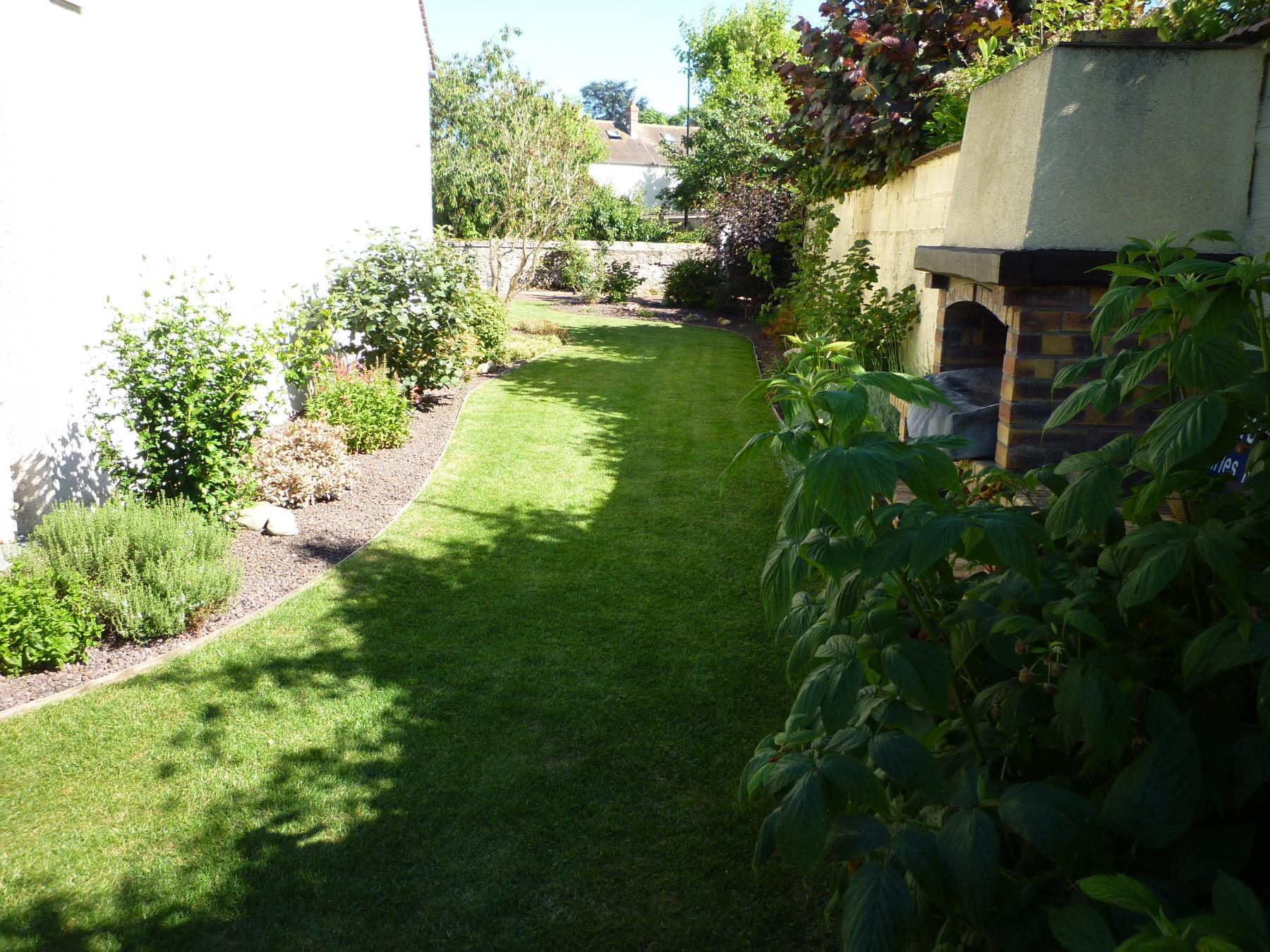 Aménagement jardin Melun Parc Petits travaux jardinerie
