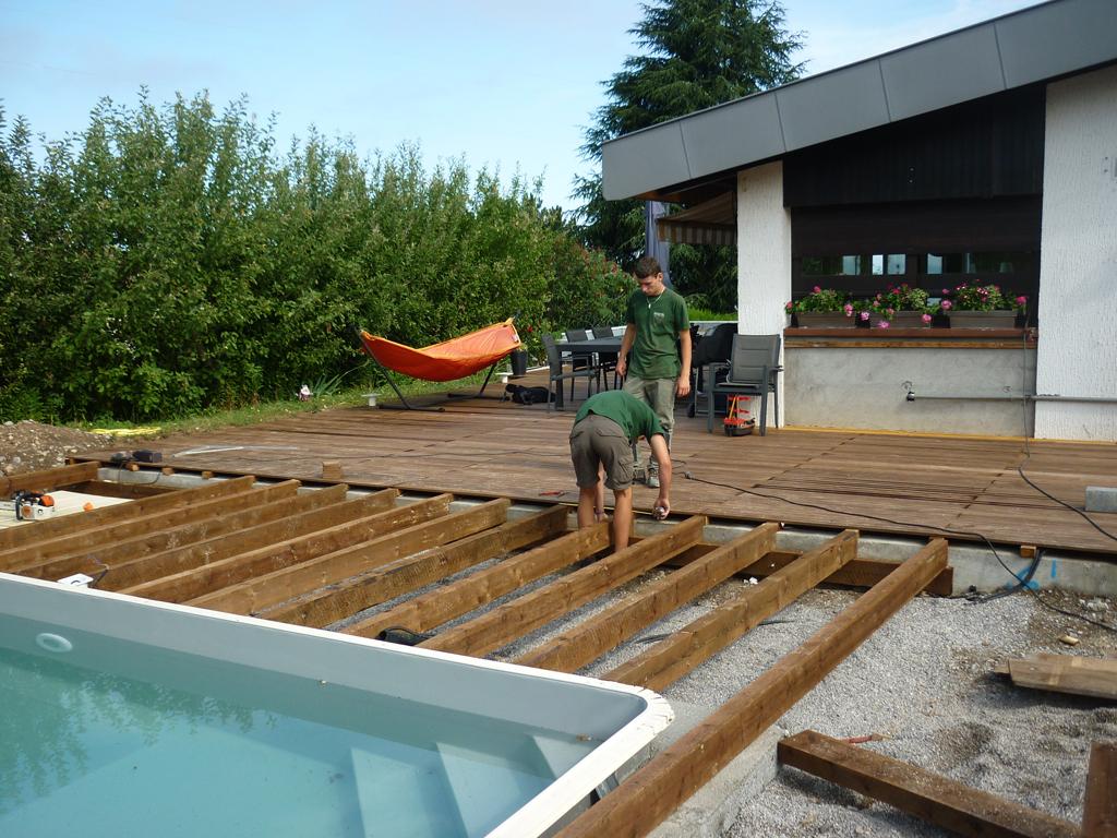 amenagement piscine exterieur bois