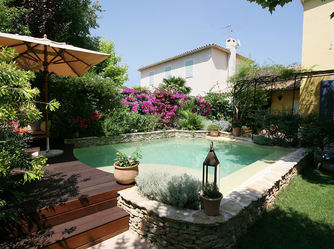 Quel jardin méditerranéen pour ma piscine Elle Décoration