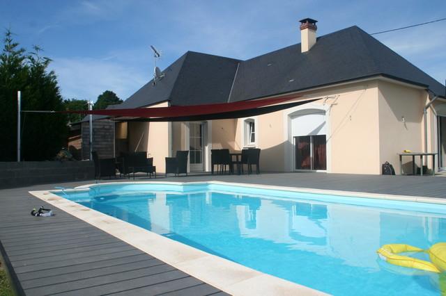Aménagement plage de piscine Moderne Piscine other