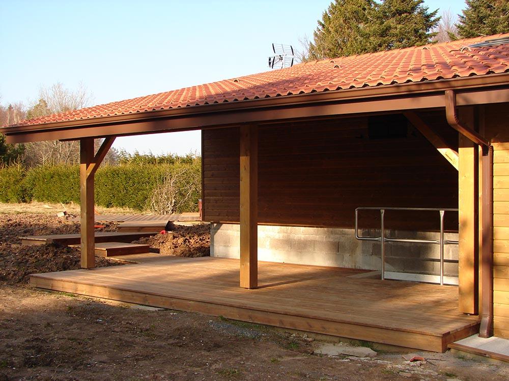 Aménagement extérieur terrasse bois pose ou en kit