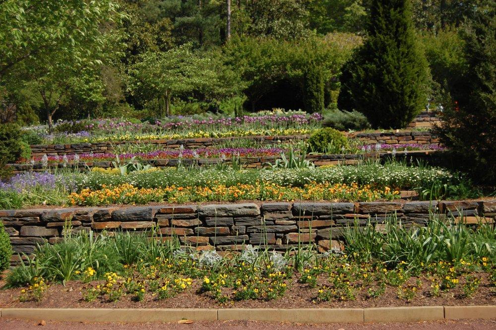 Aménager un jardin en terrasse en pente Marie Claire