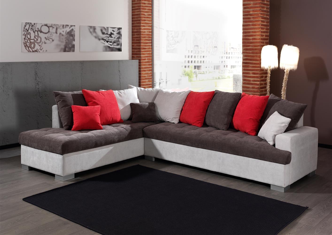 Acheter votre beau canapé d angle avec coussins jetés