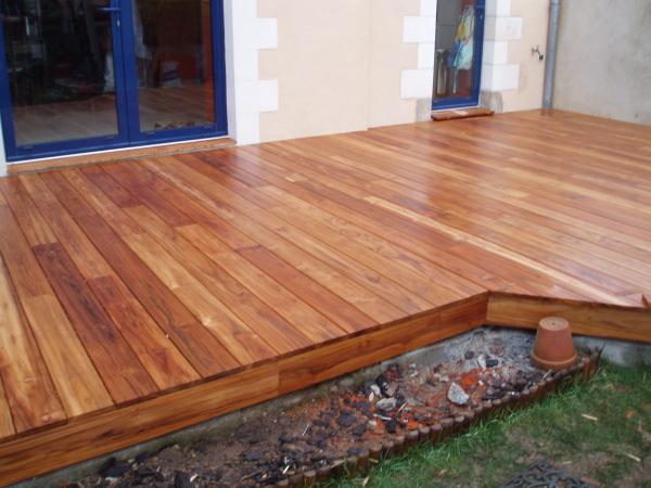 Terrasses en bois exotique de qualité