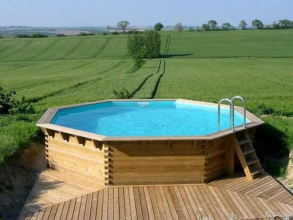 Terrasse bois piscine octogonale
