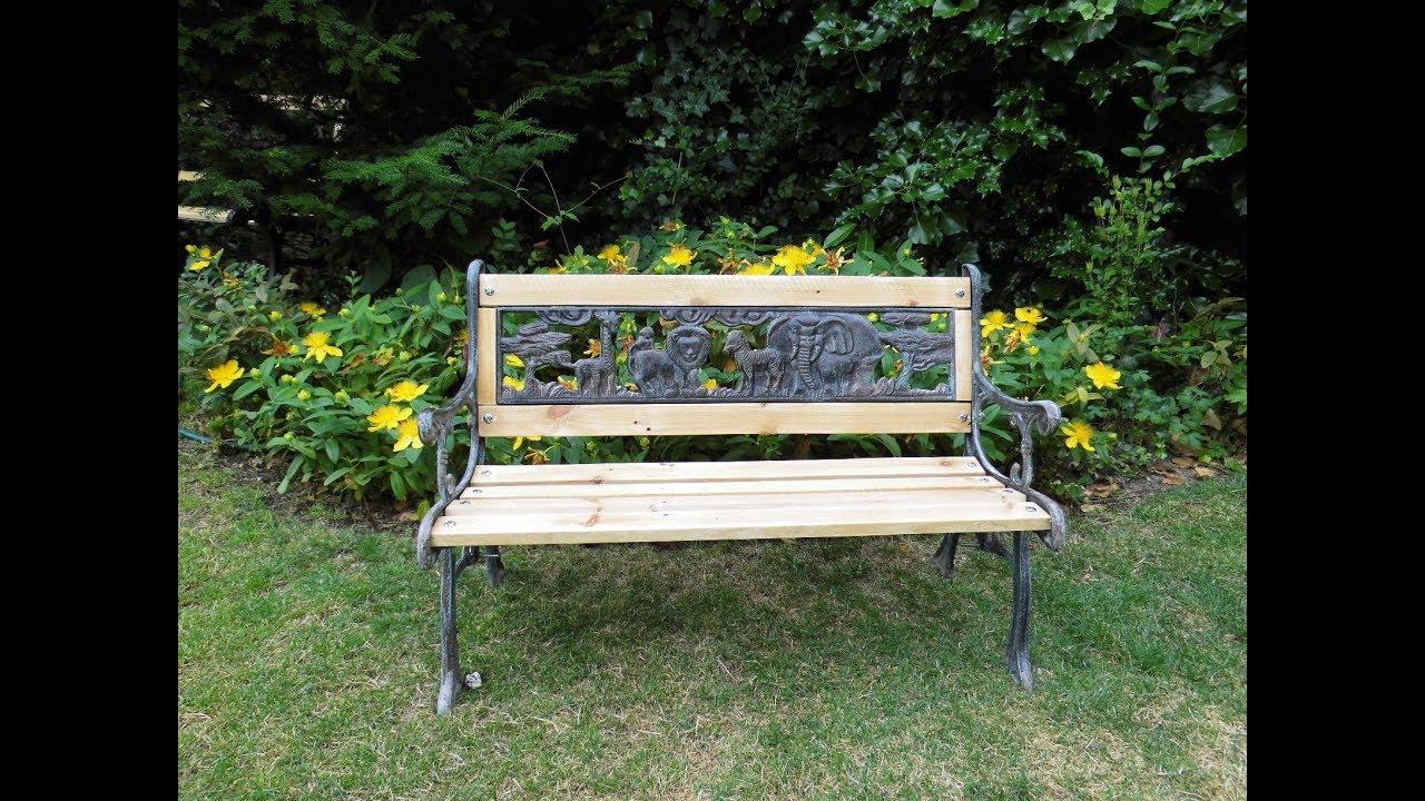Rénover un banc de jardin en bois