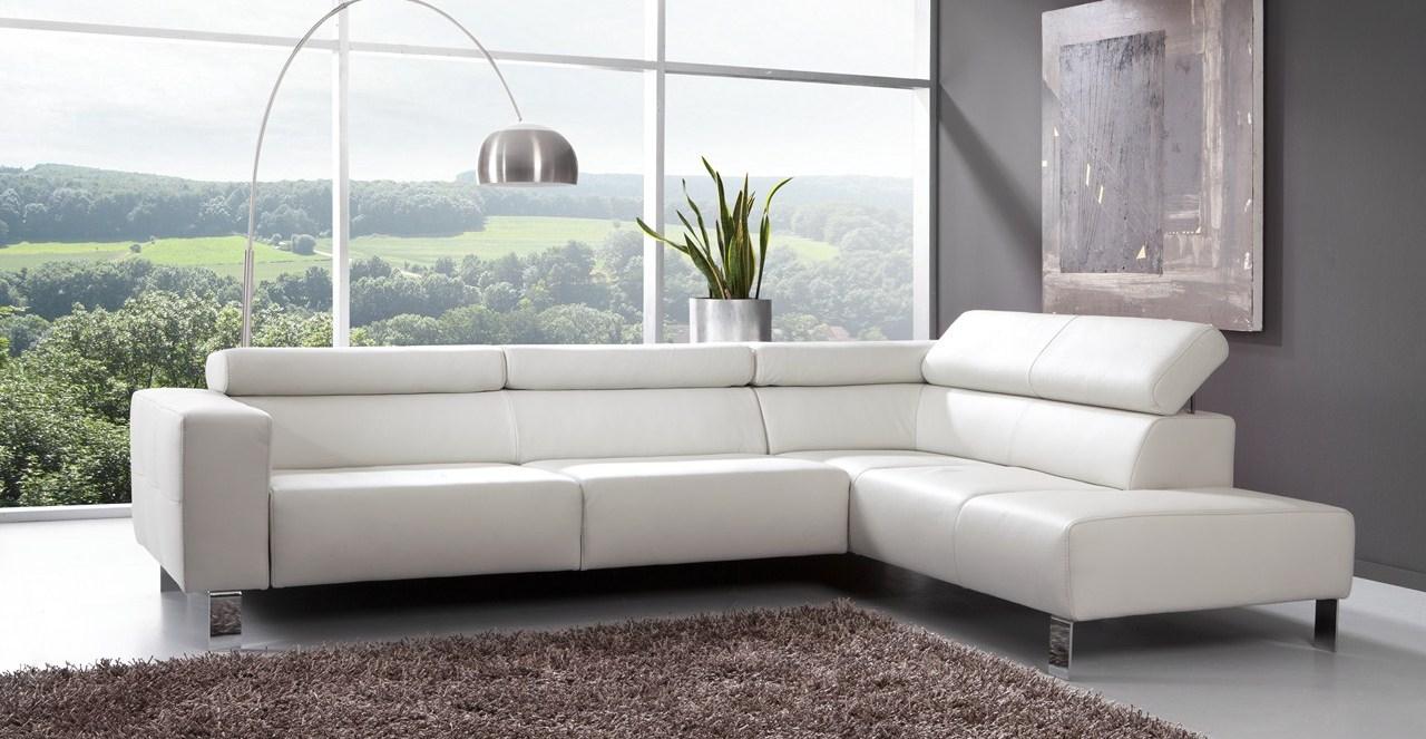Le canape en cuir blanc pour une decoration epuree Blog