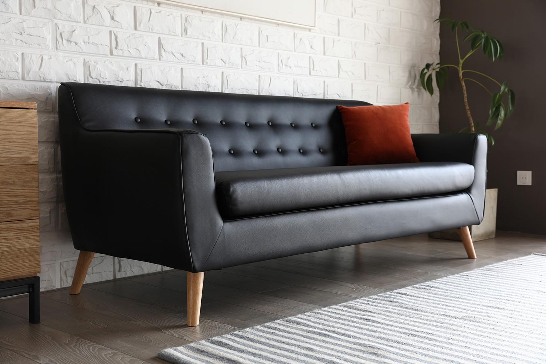 Canapé rétro scandinave 3 places noir en cuir reconstitué