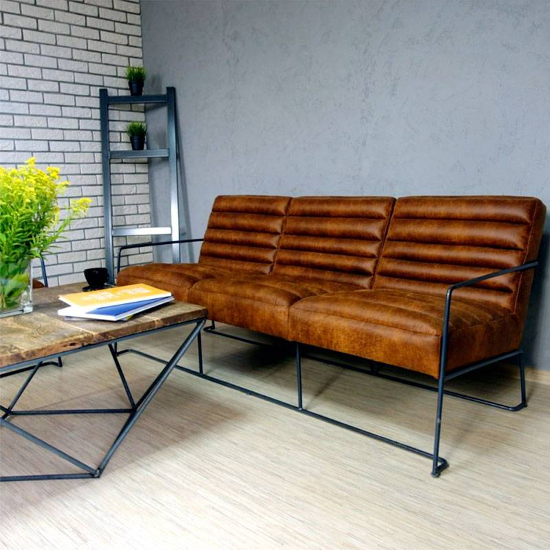Canapé 3 places en cuir de style industriel et vintage