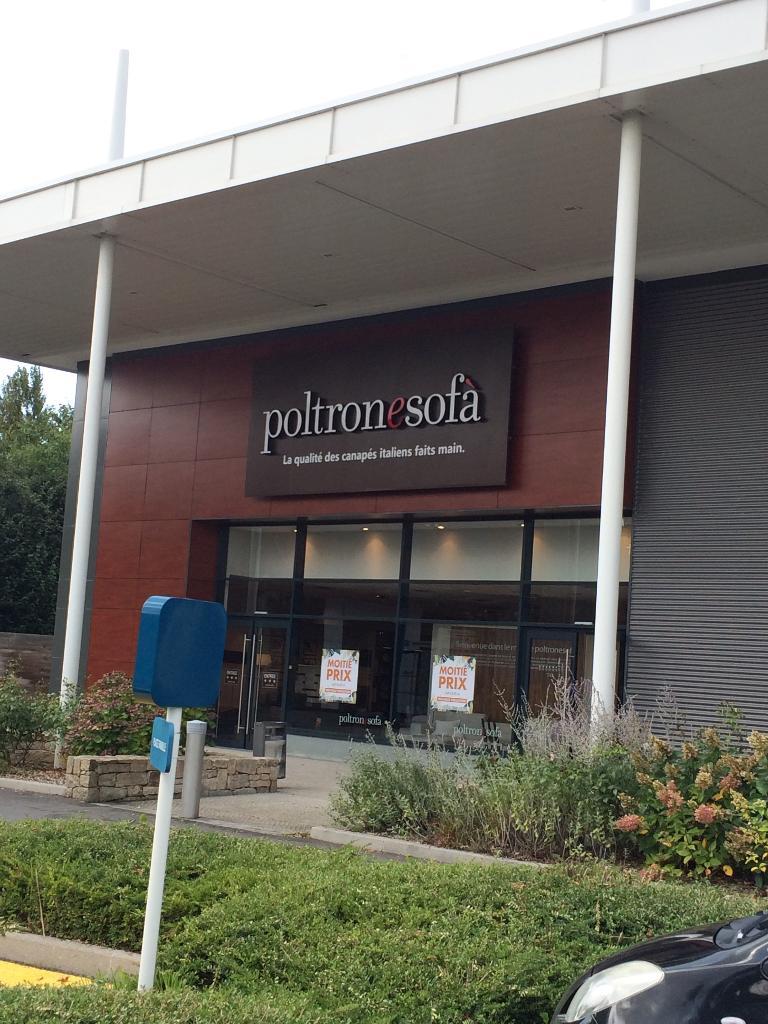 Poltron Et Sofa La Roche Sur Yon
