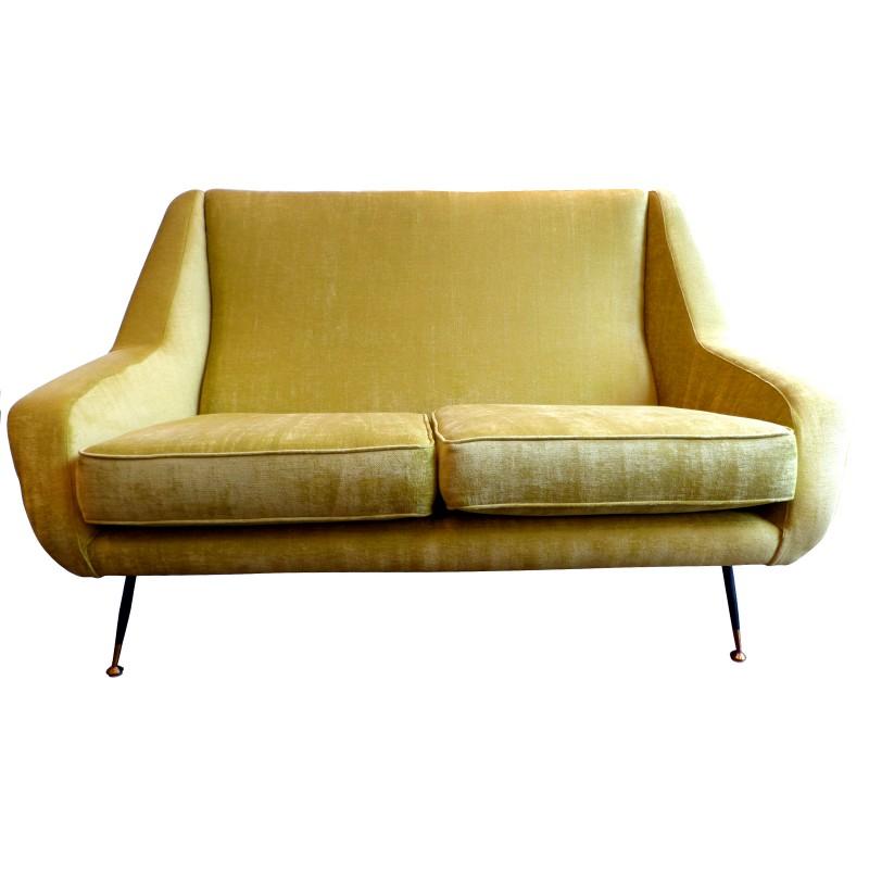 Canapé italien jaune en velours années 50 Design Market