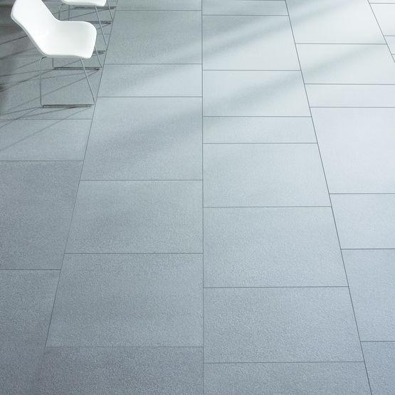 Carreaux de sol en céramique non émaillée lisse ou grainée