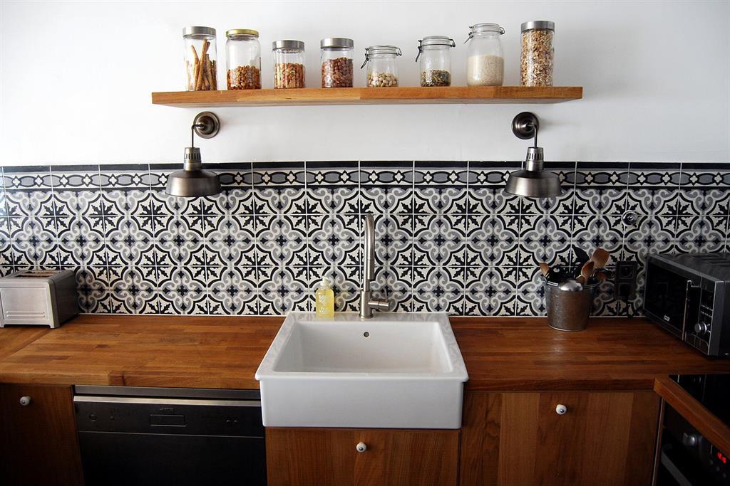 Carrelage motif ancien cuisine Atwebster Maison et