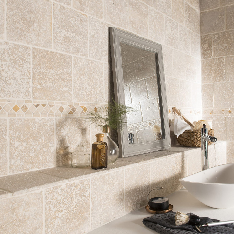 Carrelage en travertin salle de bain format 20x20 light en