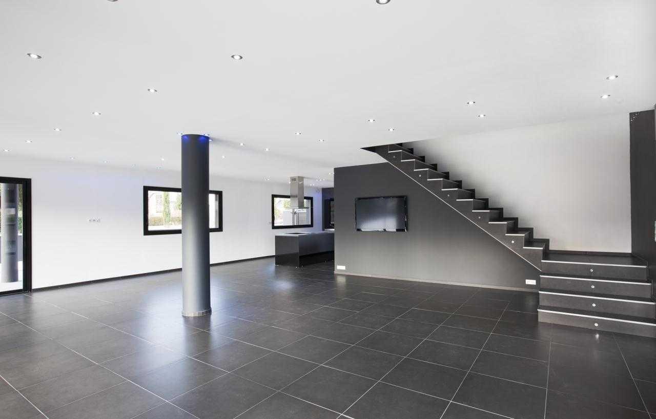 maison moderne carrelage
