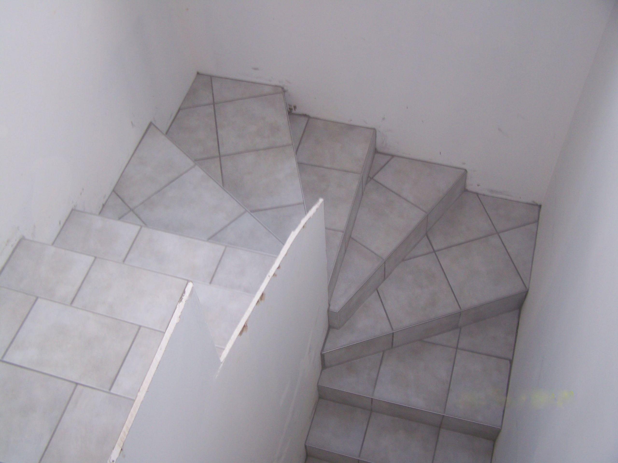 Carrelage Pour Escalier Ment Carreler Un Escalier Avec Nez De Marche Idees Conception Jardin Idees Conception Jardin