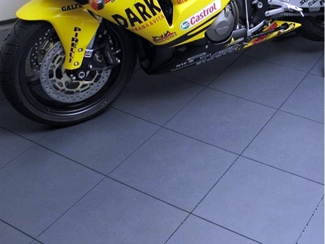 NOUVEL ARRIVAGE DE CARRELAGE SPECIAL GARAGE
