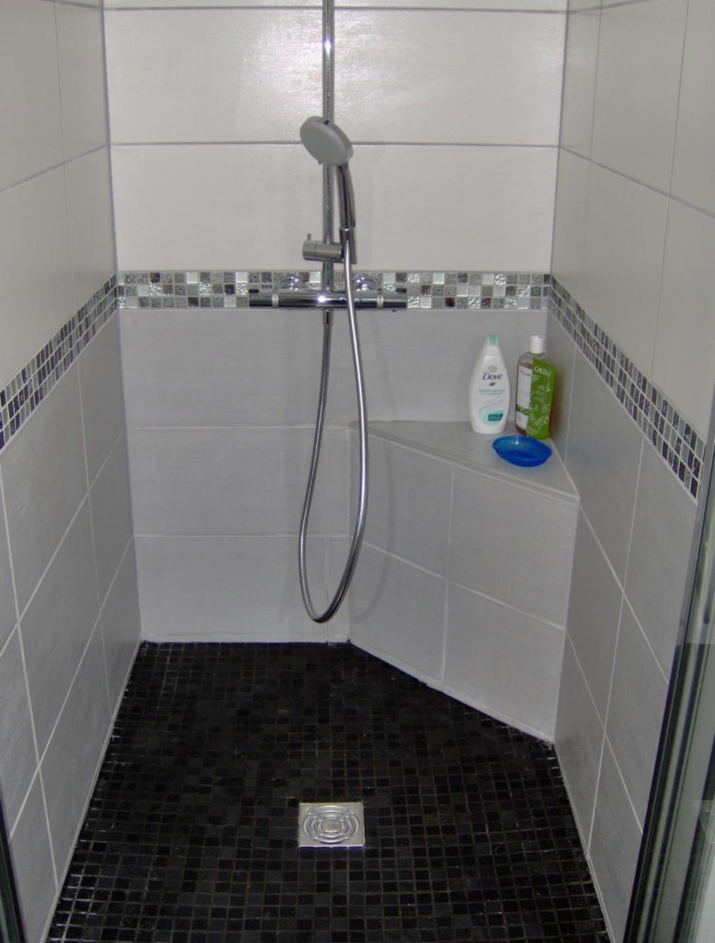 Carrelage Salle De Bain Avec Mosaique carrelage salle de bain mosaique ides de mosaique noir salle