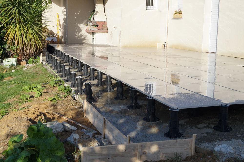 Pin Optez Pour Une Pose Sur Plots De Votre Terrasse Sur La