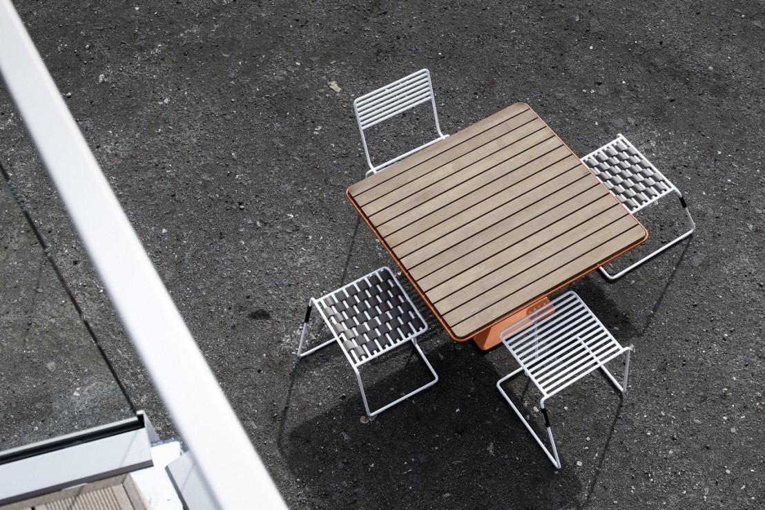 Chaise design en métal acier de couleur de jardin TINA by EGOE