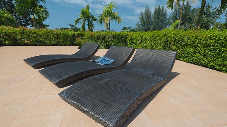 Quelle colle pour carrelage extérieur terrasse piscine
