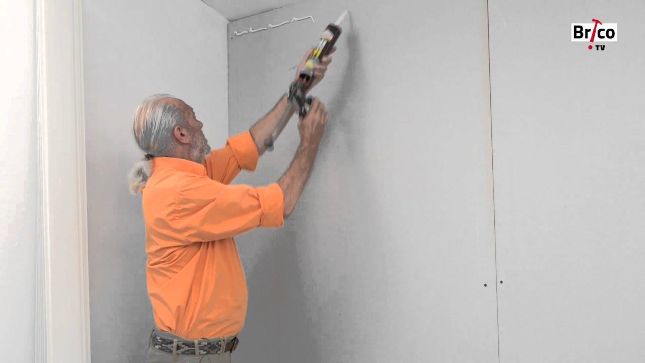 Coller du lambris PVC au mur