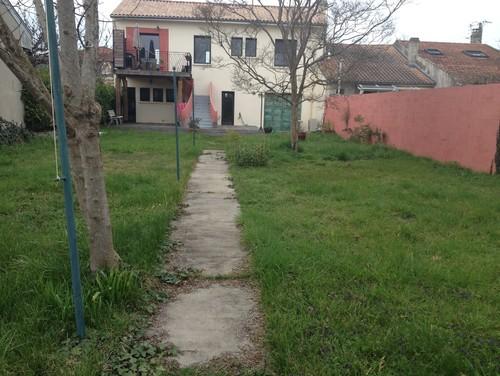 Conseils pour aménager un jardin tout en longueur