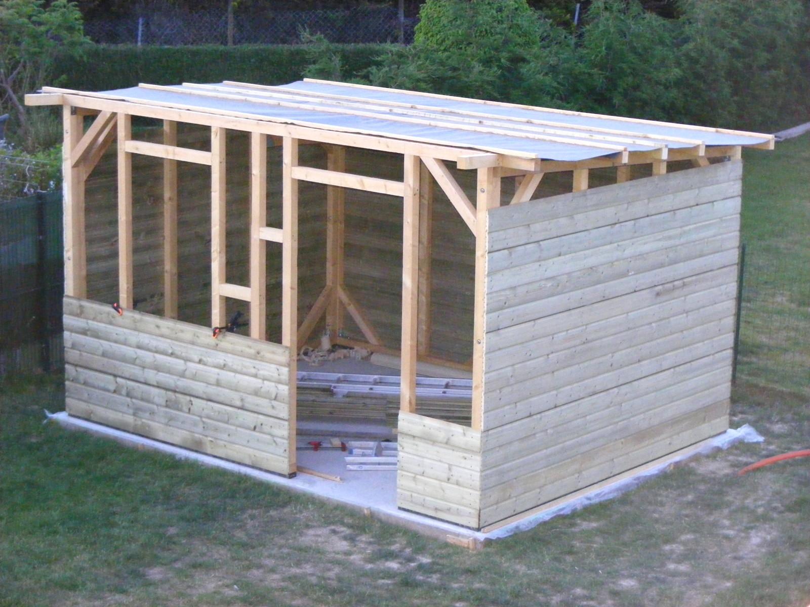 Construire Abris Bois construire abri de jardin construire un abri de jardin