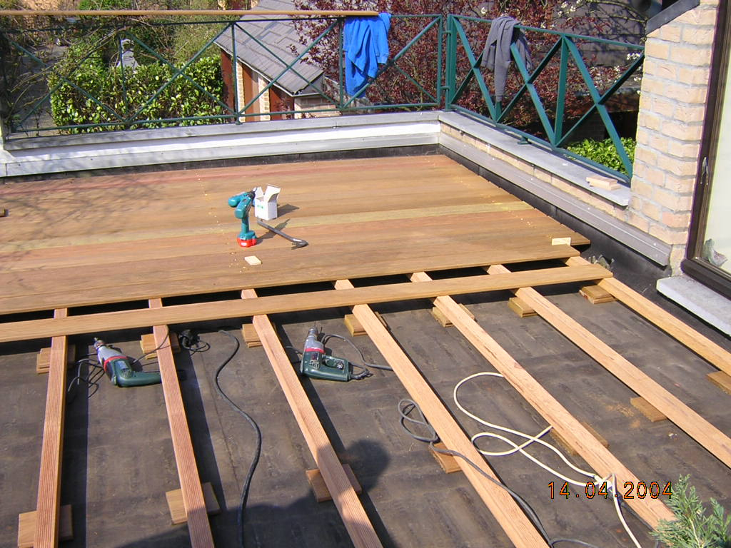 Construire sa terrasse en bois pas cher veranda