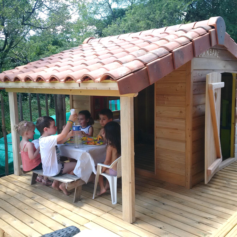 Construire Une Cabane De Jardin Ment Construire Une Cabane Avec Des Palettes Pallet Idees Conception Jardin Idees Conception Jardin