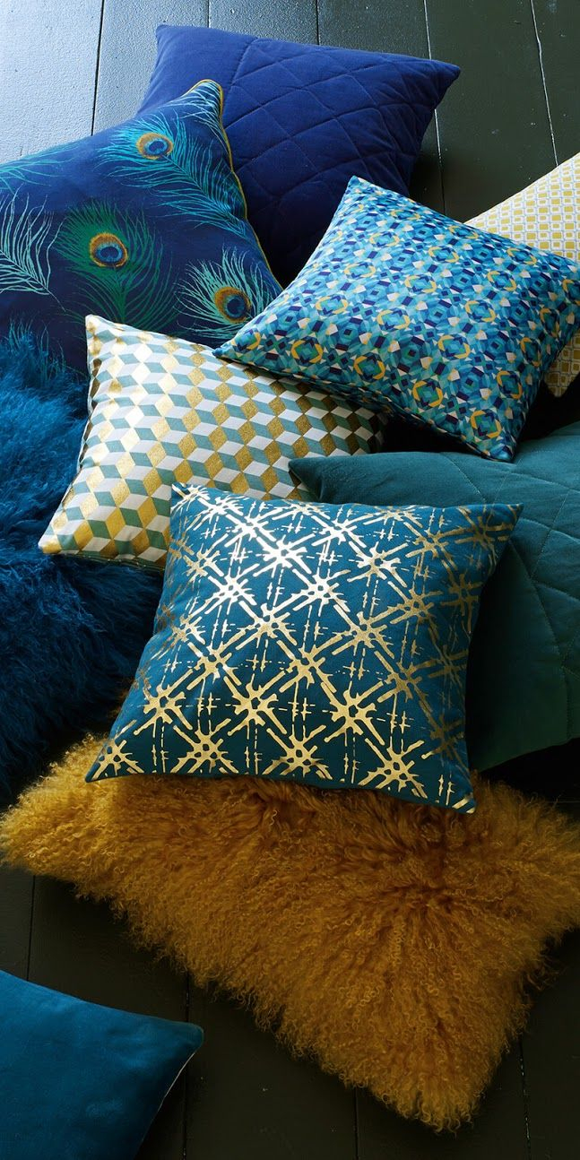 Coussin Bleu Canard Et Jaune Concept