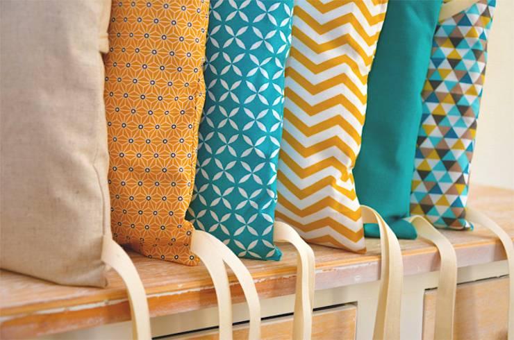 Tour de lit 6 coussins déhoussables jaune moutarde et
