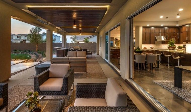 Terrasse couverte pour prendre son temps en tout temps