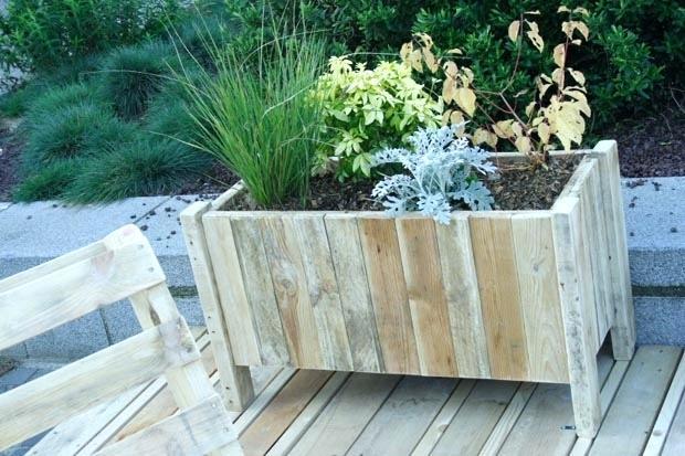Creer Des Bacs De Jardin Avec Des Palettes En Palettes