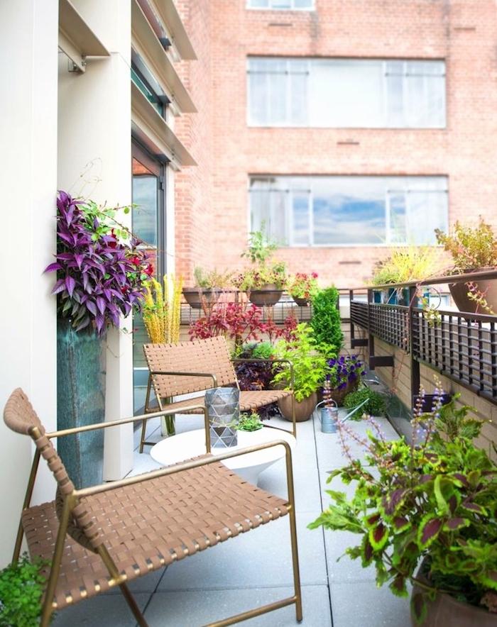 Déco balcon cocooning – petites astuces pour un créer un