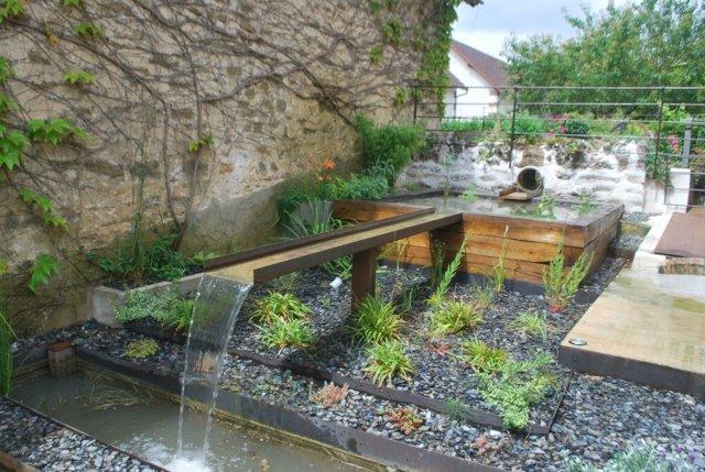 Bassin d eau dans le jardin 85 idées pour s inspirer