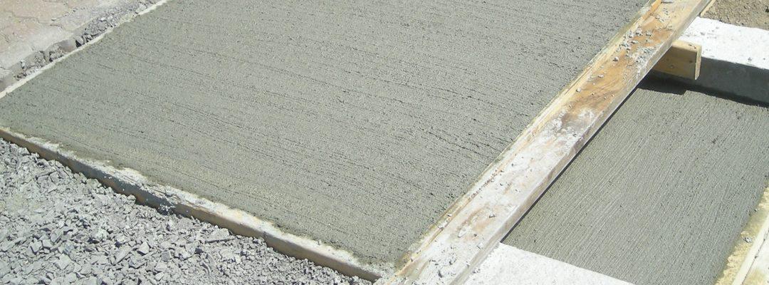 Couler une dalle de béton pour votre terrasse en 8 étapes