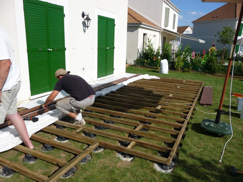 Dalle En Bois Pour Terrasse Dalles Sur Plots Terrasse Leroy Merlin Meilleur De Pose Idees Conception Jardin Idees Conception Jardin