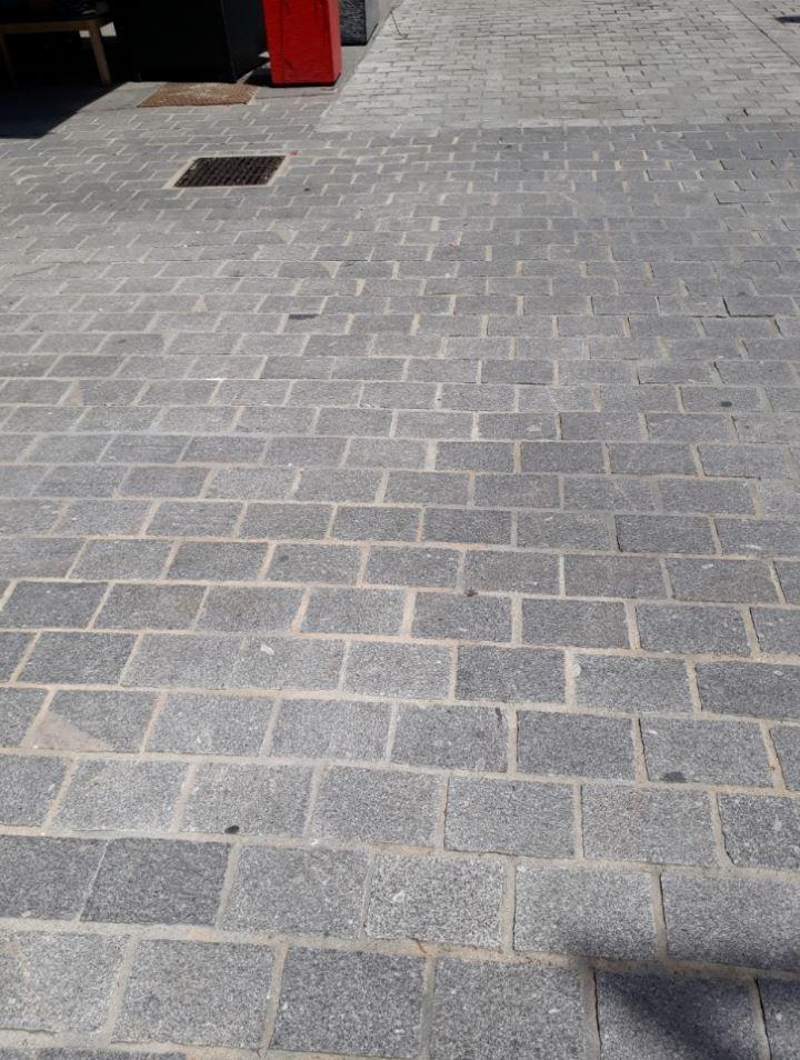 Dalles en granit Charte du Paysage Urbain Angers