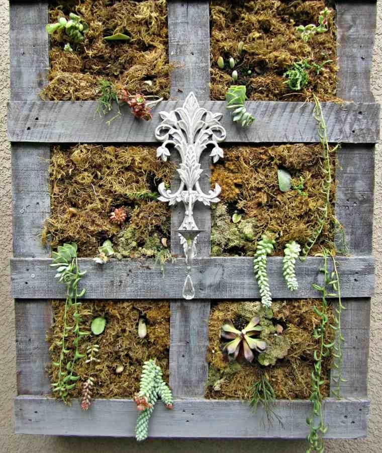 Jardinière en palette de bois pour jardin vertical ou