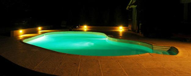 Eclairage piscine par projecteurs Piscine du Nord