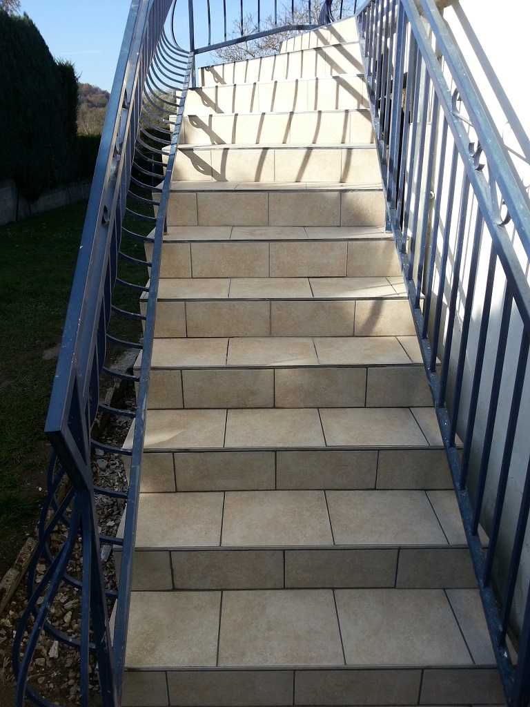 Escalier Exterieur Carrelage Carrelage Sur Escalier Beton Exterieur 01