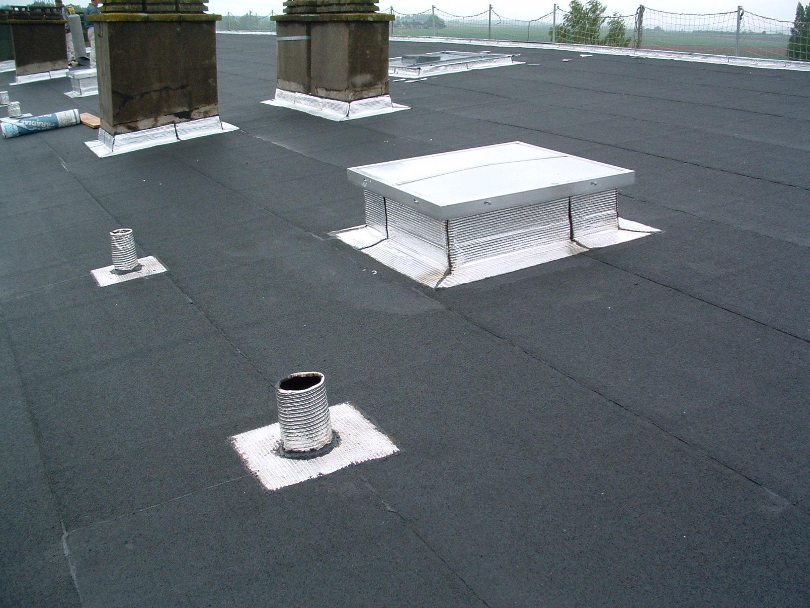 Étanchéité goudron toiture – Revêtements modernes du toit