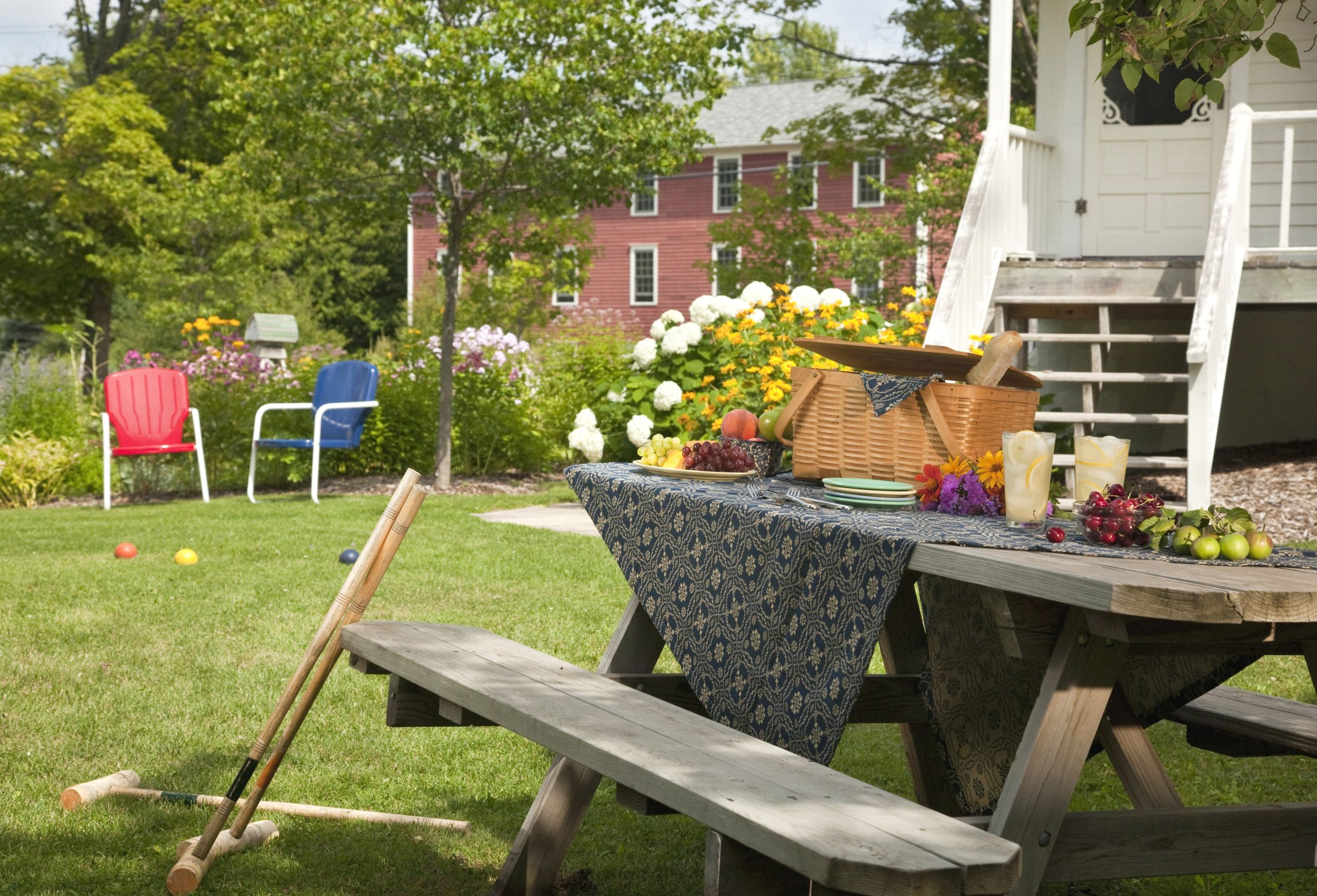 Marie Claire Maison Jardin Recup fabriquer table de jardin construire une table en bois