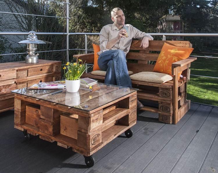 Salon de jardin en palette –une solution écolo offrant de