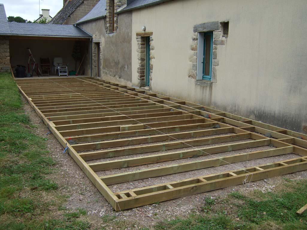 Faire une terrasse en bois posite Mailleraye jardin